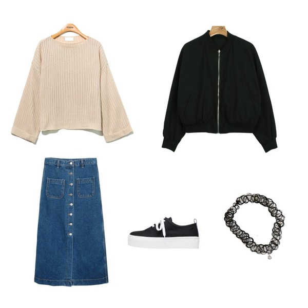 daily monday Tattoos pendant choker necklace,biznshoe Basic platform sneakers (3color),Reine Loose Nature-Fit  Knit Tee등을 매치한 코디