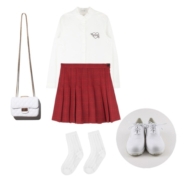 daily monday White coloration loafer,MIXXMIX HIDE AND SEEKEL amor입고 완료,MIXXMIX 샹드마르스 체크 스커트등을 매치한 코디