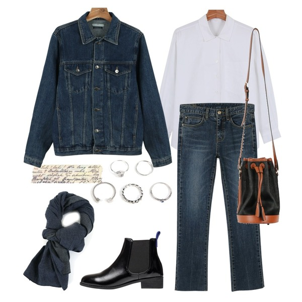 daily monday Washing ankle denim pants9/9 입고예정,daily monday Daily v-open shirts,daily monday Leather lucky bag등을 매치한 코디