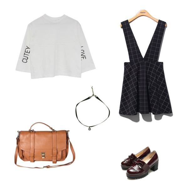Zemma World 슐러스퀘어(bag) ,Reine Morocco Ribbon Oxford Loafer ,Reine Fine Flare Oenpiece등을 매치한 코디