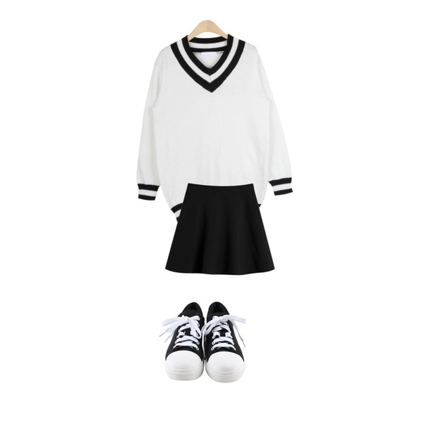daily monday Round comfortable sneakers,TODAY ME [skirt]아몬드 스커트,AIN V-neck school long knit (2 colors)등을 매치한 코디