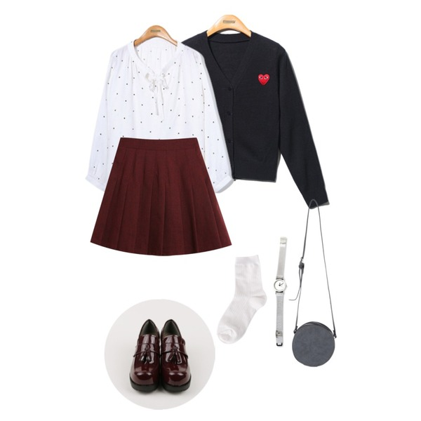 Reine Aya Dot Ribbon Blouse,TODAY ME [skirt]수호 테니스 스커트,Reine Batone Unique Knit Cardigan등을 매치한 코디