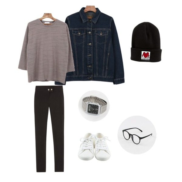 daily monday Basic tennis shoes,daily monday Spring denim jacket,MIXXMIX 에든 밴딩 팬츠등을 매치한 코디