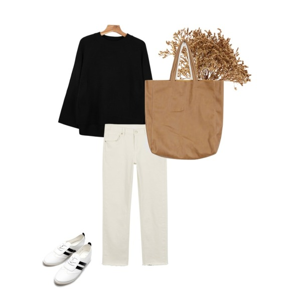 bunch,daily monday Casual straight cotton pants,daily monday Wide raglan sleeve knit등을 매치한 코디