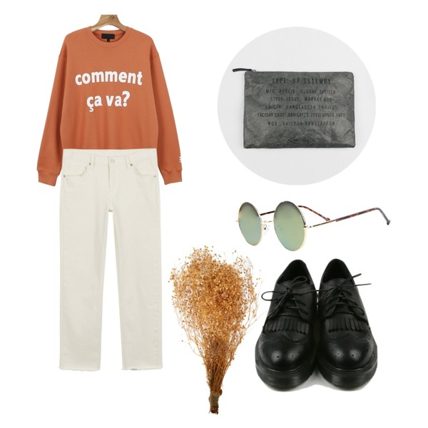 daily monday Vintage point loafer,daily monday Comment printing  man to man,daily monday Casual straight cotton pants등을 매치한 코디