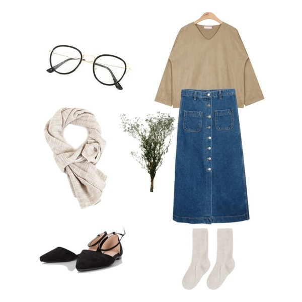 daily monday Denim button long skirt,bunch2,AIN suede smooth V-neck bl T (3 colors)등을 매치한 코디