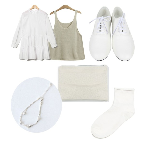 AIN dancing loafer (2 colors),TODAY ME [vest]아폴로 니트조끼,Reine Purity Shirring Collar Onepiece 등을 매치한 코디