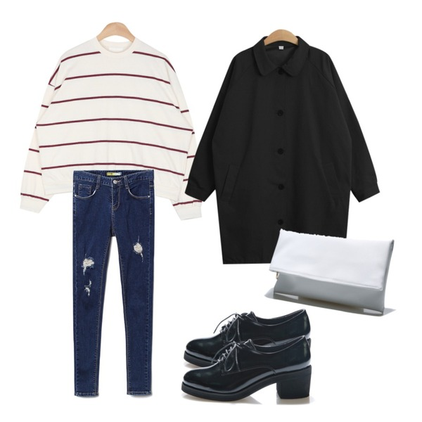Reine Felix Oxford Loafer,AIN mix-stripe easy mtm (2 colors),Reine Freedom Destroyed Skinny 등을 매치한 코디