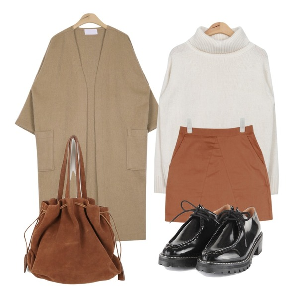 AIN soft suede H-skirt (2 colors),AIN boxy fit thick cardigan (4 colors),AIN isabel full turtleneck sweater (3 colors)등을 매치한 코디