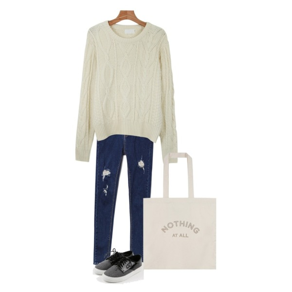 daily monday Modern gray sneakers,daily monday Cosy twist knit,Reine Freedom Destroyed Skinny 등을 매치한 코디