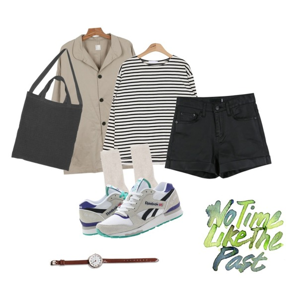 daily monday Round pocket autumn coat,AIN daily basic stripe T (3 colors),daily monday Chic coating short pants등을 매치한 코디
