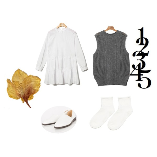 daily monday Cable knit vest,MIXXMIX 242 심플 슈즈,Reine Purity Shirring Collar Onepiece 등을 매치한 코디