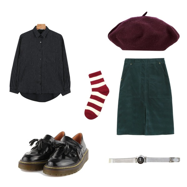AIN wool beret (4 colors),daily monday Corduroy midi skirts,daily monday Swing stripe shirts등을 매치한 코디