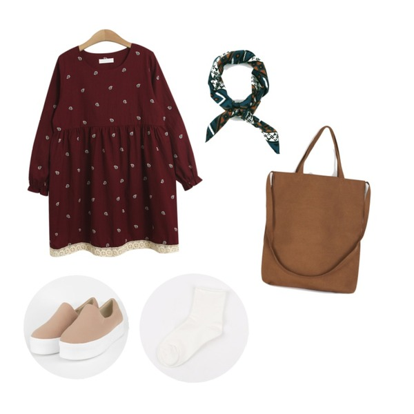 TODAY ME [dress]파멀 원피스,AIN simple opening slip-on ,daily monday Indie square scarf등을 매치한 코디