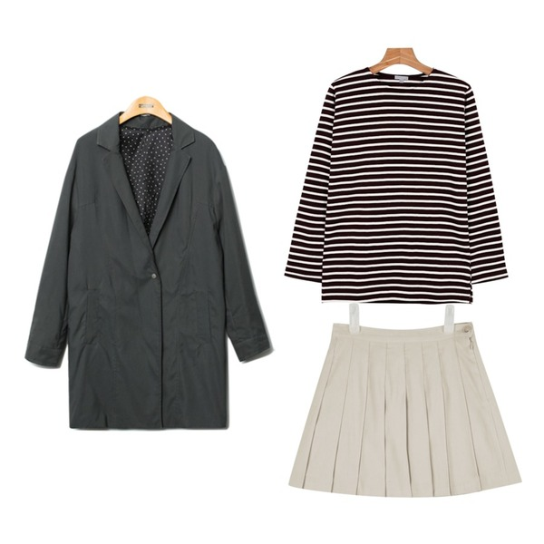 AIN suede tennis skirt (3 colors) 입고지연,daily monday Another color stripe tee,Reine Holly One Button Jaket 등을 매치한 코디