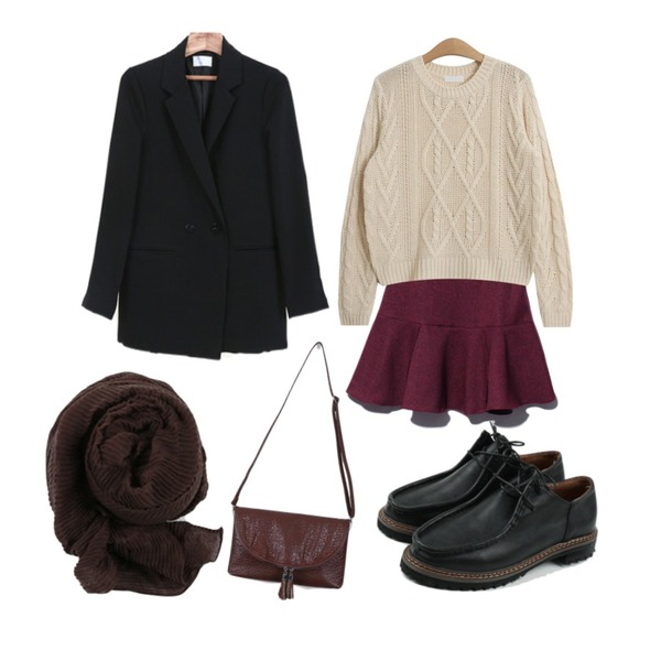 Reine Hunky Flare Skirt ,TODAY ME [knit]브리즈 니트,daily monday Casual para loafer등을 매치한 코디