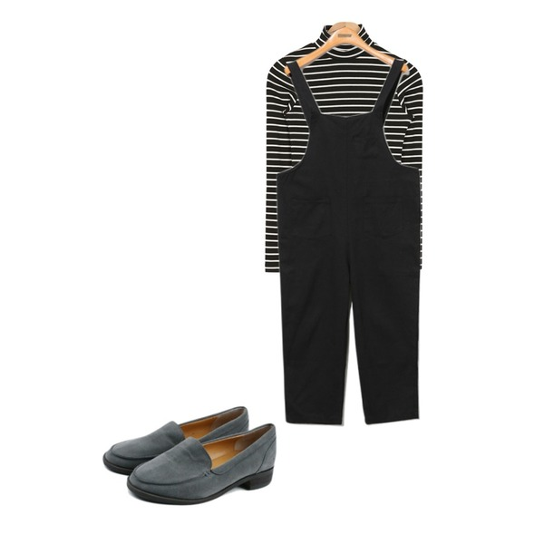 Reine Tom Suspender Pants,daily monday Modern mood suede loafer,AIN tight simple stripe T (2 colors)등을 매치한 코디