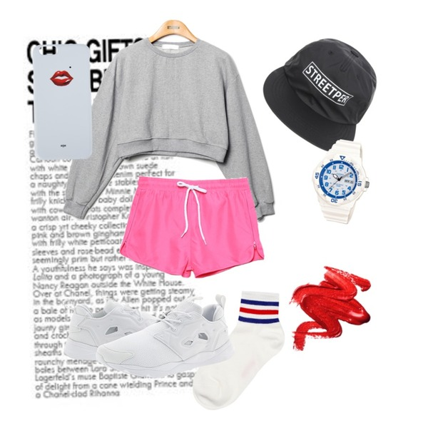 Untitled,Reine Unique Coloring Cotton Socks,Reine Sugar Crop Sweat Shirts등을 매치한 코디