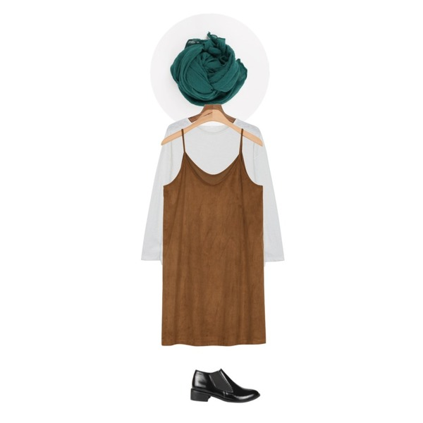 daily monday Muji color muffler,AIN suede bustier dress (2 colors),daily monday Round color base tee등을 매치한 코디