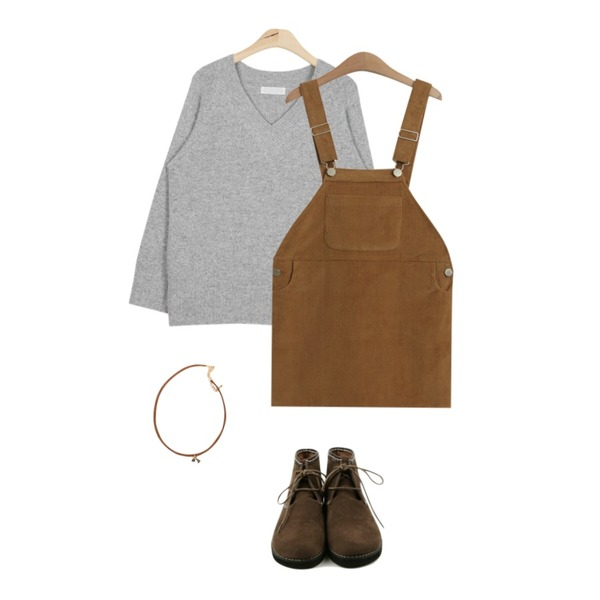 AIN angora loose-fit V knit (2 colors),daily monday Round Suede shoes,MIXXMIX 트라이 스웨이드 초커등을 매치한 코디