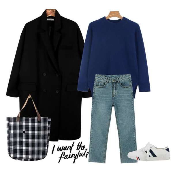 daily monday Ankle washing denim,daily monday Angora raglan knit,daily monday Deep color double coat등을 매치한 코디
