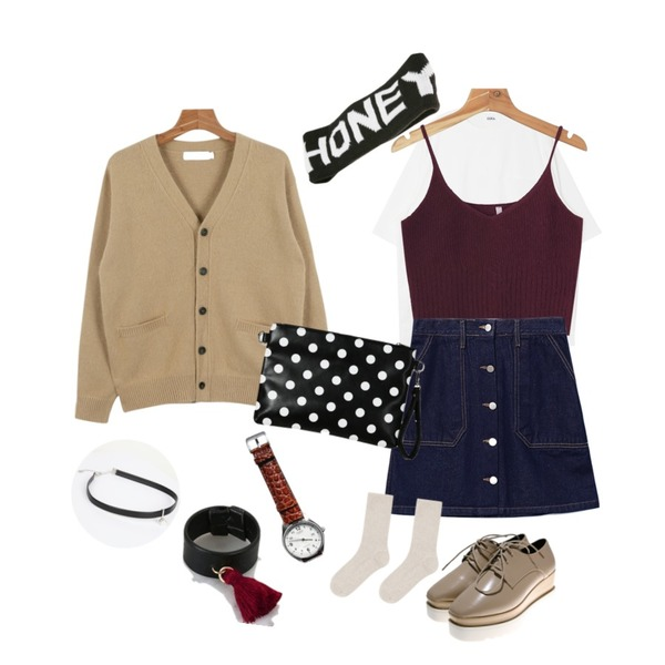 daily monday Cozy angora bustier,Reine Honesty Button Denim Skirt ,DORA DORA+U 보들보들T등을 매치한 코디