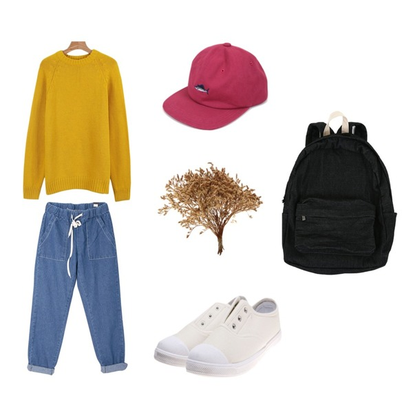 DORA 스트링데님SL,Zemma World 다크블랙 (bag),daily monday Raglan pastel knit등을 매치한 코디