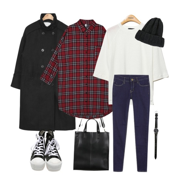 daily monday Simple square bag 입고지연,DORA 알토체크롱NB,AIN over-fit wool trench coat (3 colors)등을 매치한 코디