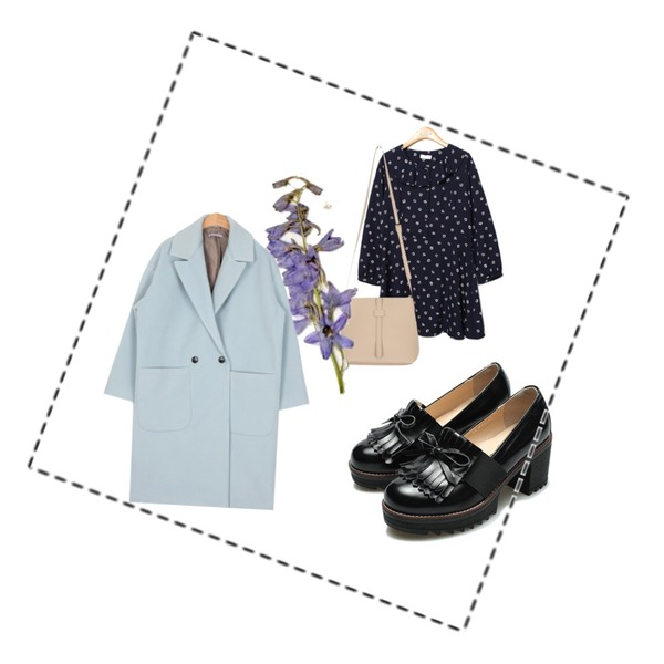 Reine Morocco Ribbon Oxford Loafer ,Reine Jane Flower Romantic Onepiece,AIN mini cross bucket bag (5 colors)등을 매치한 코디
