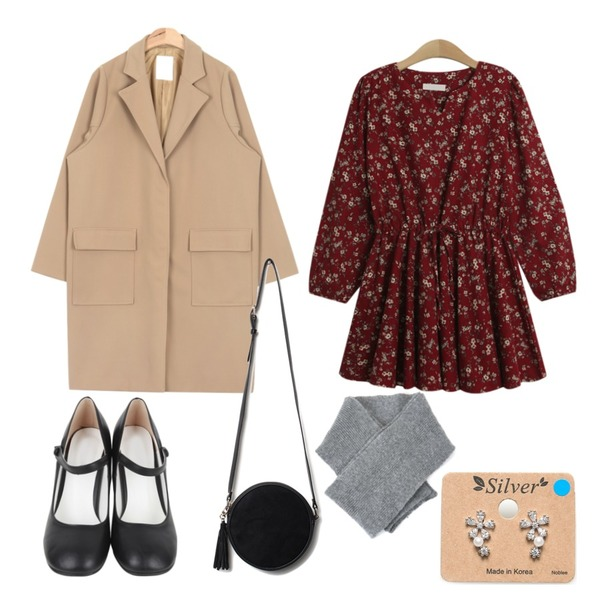 AIN mary janes dancing shoes (2 colors),TODAY ME [dress]플로아 원피스,AIN urban snap button coat (3 colors)등을 매치한 코디