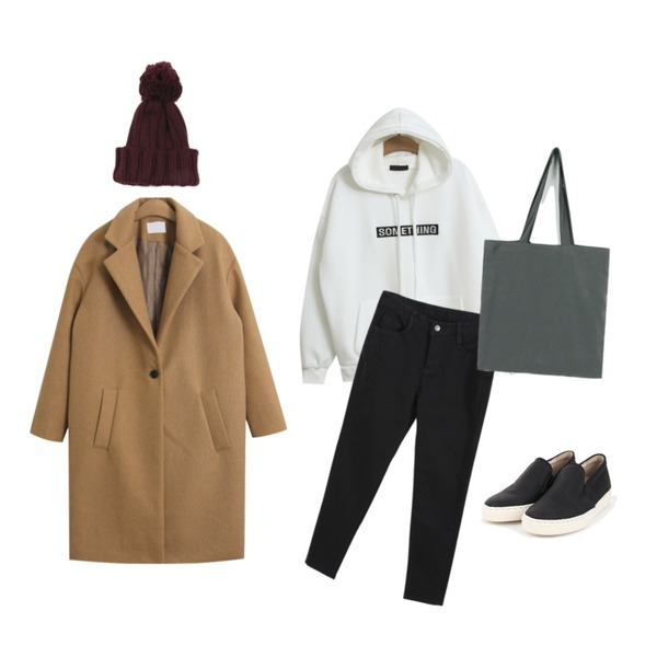 TODAY ME [mtm]썸띵 후드티,TODAY ME [coat]바뉴 코트,daily monday Ball knit beanie등을 매치한 코디