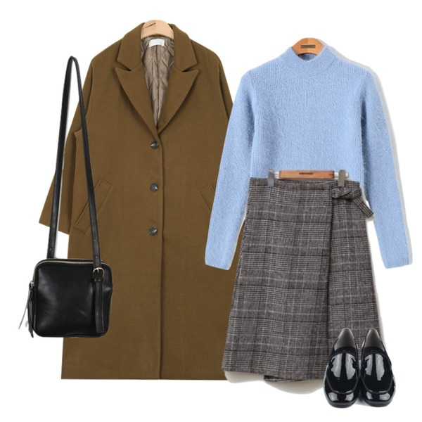 AIN loose-fit winter color long coat (2 colors),common unique [SKIRT] HOUND TOOTH WLAP SKIRT,Reine 멜로우 앙고라 니트 등을 매치한 코디