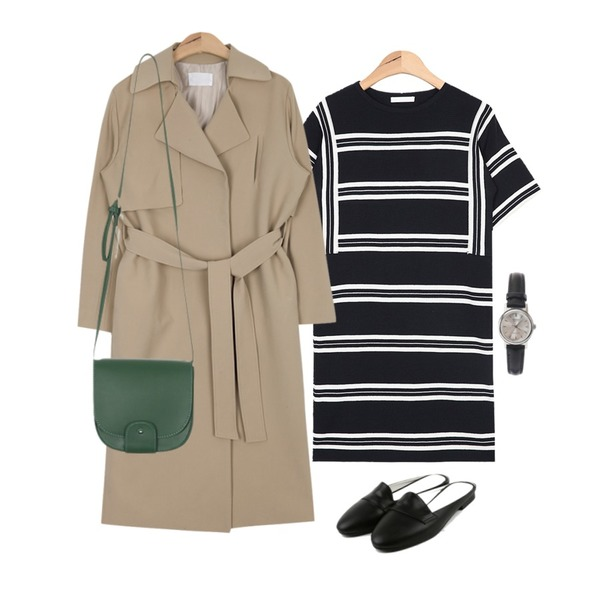 AIN modern snap button trench coat (3 colors),AIN feminine stripe slim ops (2 colors),daily monday Round toe bloafer등을 매치한 코디