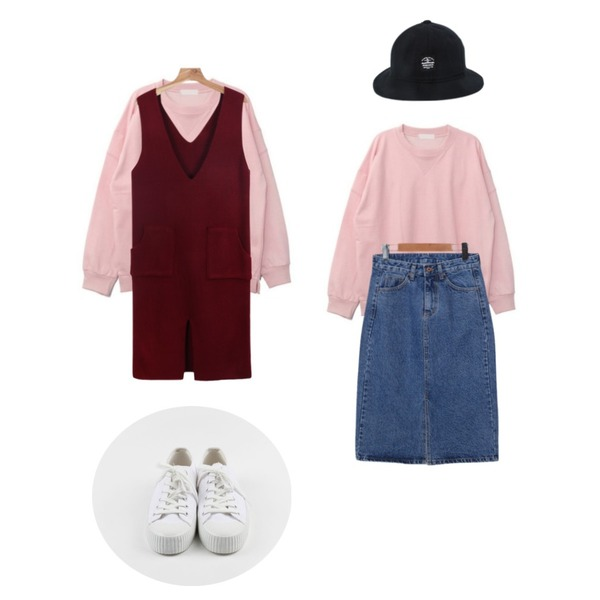daily monday Deep v-neck pocket one-piece12/18 입고예정,DORA 베이지mtm,daily monday Washing cotton rubber sneakers등을 매치한 코디