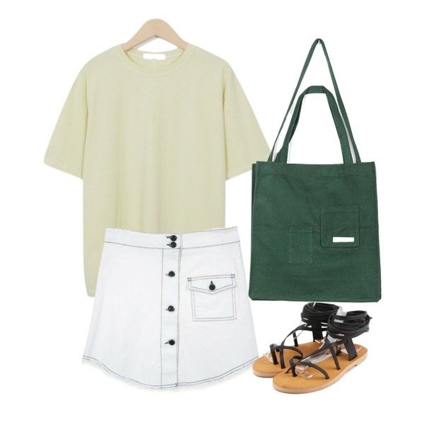 AIN two-way square cotton bag (5 colors),Zemma World 시크라운드 (sk),From Beginning Soft cotton T_B (size : free)등을 매치한 코디