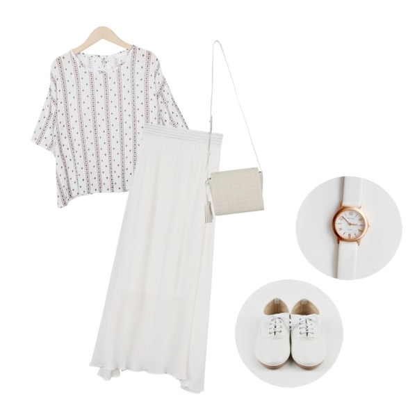 daily monday Basic everyday loafer,daily monday Point long skirt5/24 입고예정,From Beginning Mary round blouse_Y (size : free)등을 매치한 코디