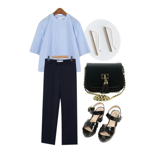 daily monday Silver simple stick earring(silver 925),MINIBBONG 세미나-bl,From Beginning Calm long slacks_P (size : S,M)등을 매치한 코디