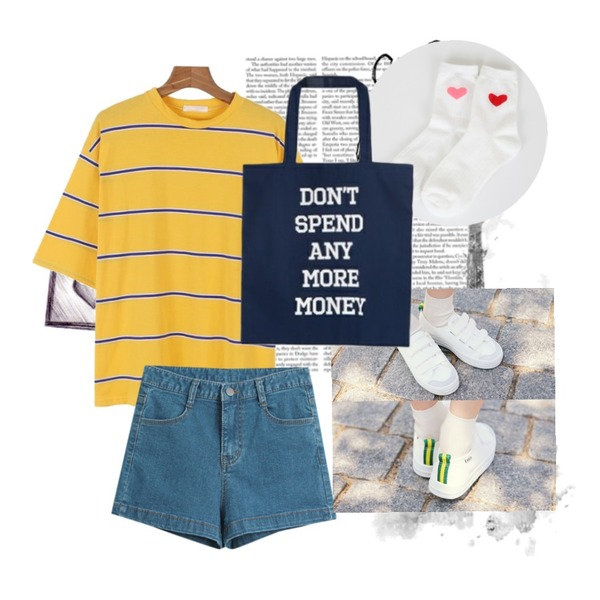 15,daily monday Point stripe boxy tee,TODAY ME [denim]뮤니 데님 숏츠등을 매치한 코디