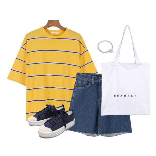 daily monday Point stripe boxy tee5/31 입고예정,daily monday High 5-denim pants,BANHALA 브래킷 에코백등을 매치한 코디