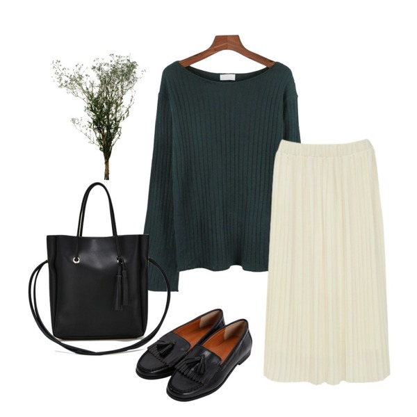 LINDA GIRLS 로우 주름 롱 스커트 (4color),daily monday Wide sleeve slit knit,From Beginning Classic tassel loafer_Y (size : 230,235,240,245,250)등을 매치한 코디