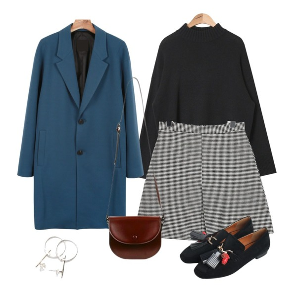 daily monday Button cotton over coat,From Beginning Classic check mini skirt_M (size : S,M),AIN half-neck wide sleeve knit (5 colors)등을 매치한 코디