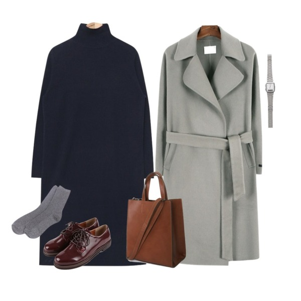 AIN pollar long knit ops (2 colors),daily monday Handmade waist strap coat,daily monday Casual matte loafer등을 매치한 코디