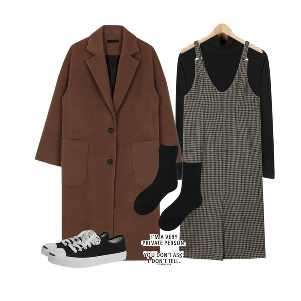 biznshoe Maxi long coat (4color),daily monday Stitch simple pola,AIN vintage check sleeveless ops (2 colors)등을 매치한 코디