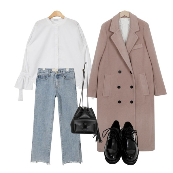 From Beginning Tailor double long coat_B (size : free),AIN side slit crop denim pants,AIN unique cuffs henley neck shirts (2 colors)등을 매치한 코디