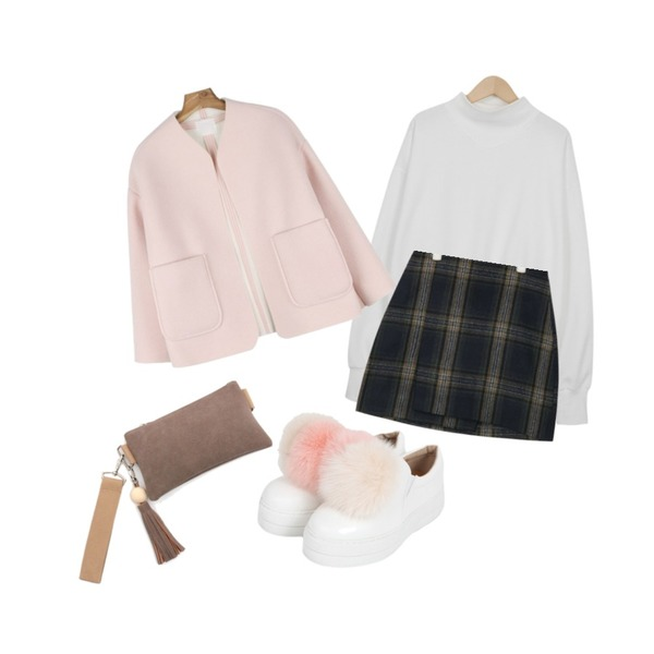 AIN casual check unbalance mini skirt (2 colors),From Beginning Angle neck cotton mtm_S (size : free),daily monday Fluffy no-collar jacket등을 매치한 코디
