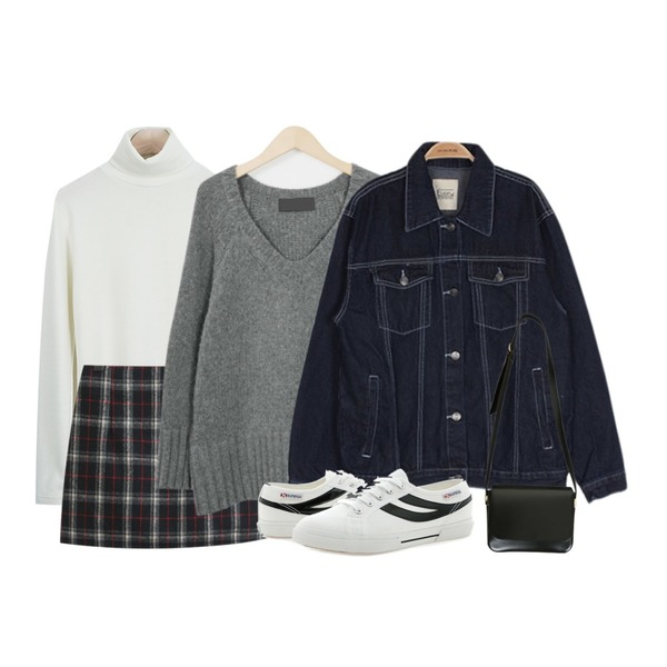 From Beginning Have woolen v-neck knit_M (size : free),TODAY ME 스투 체크 스커트,LOOK CHIC Napping Pola Tee (4 color)등을 매치한 코디