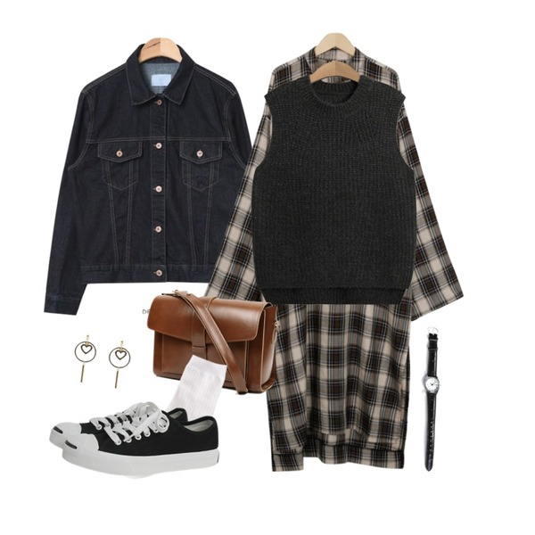 TODAY ME [vest]마들렌 니트 조끼,AIN daily casual boxy fit denim jacket,From Beginning Mono check maxi ops_B (size : free)등을 매치한 코디