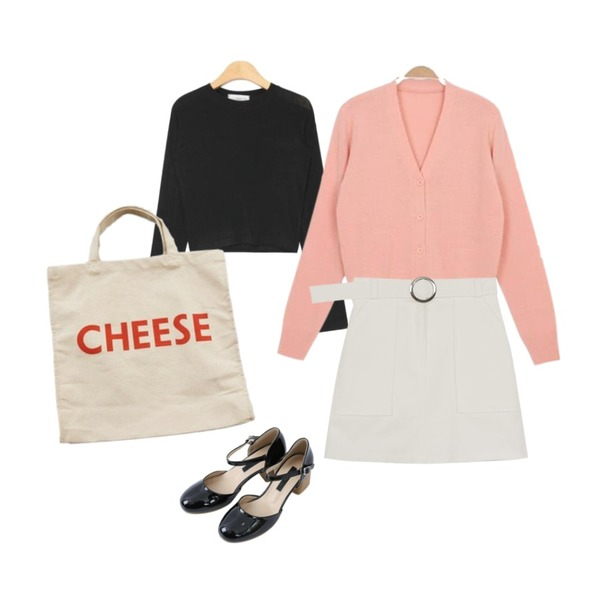 Zemma World Parisien.SAY-CHEESE (bag),myblin 스트랩 우드 힐 (7color),AIN slim fit rayon crop T (5 colors)등을 매치한 코디