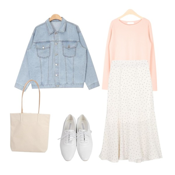 LOOK CHIC BASIC SOFT TEE (5 COLOR),AIN daily standard denim jacket (3 colors),From Beginning Wooden basic oxford loafer_S (size : 230,235,240,245,250)등을 매치한 코디