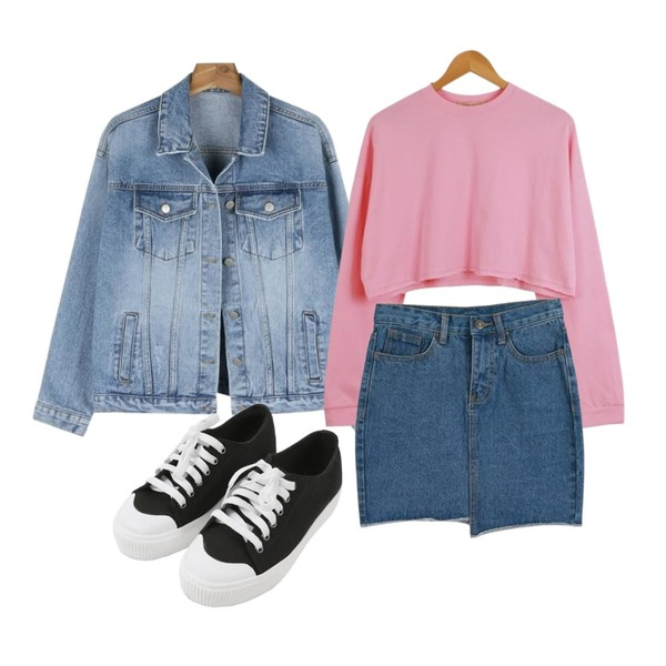 daily monday Color cotton daily jacket,LOOK CHIC box crop tee (3 color),LOOK CHIC unbalance denim skirts (2 color)등을 매치한 코디
